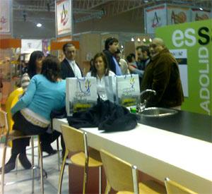 El stan de Asomate a Valladolid con Carlos Burgos